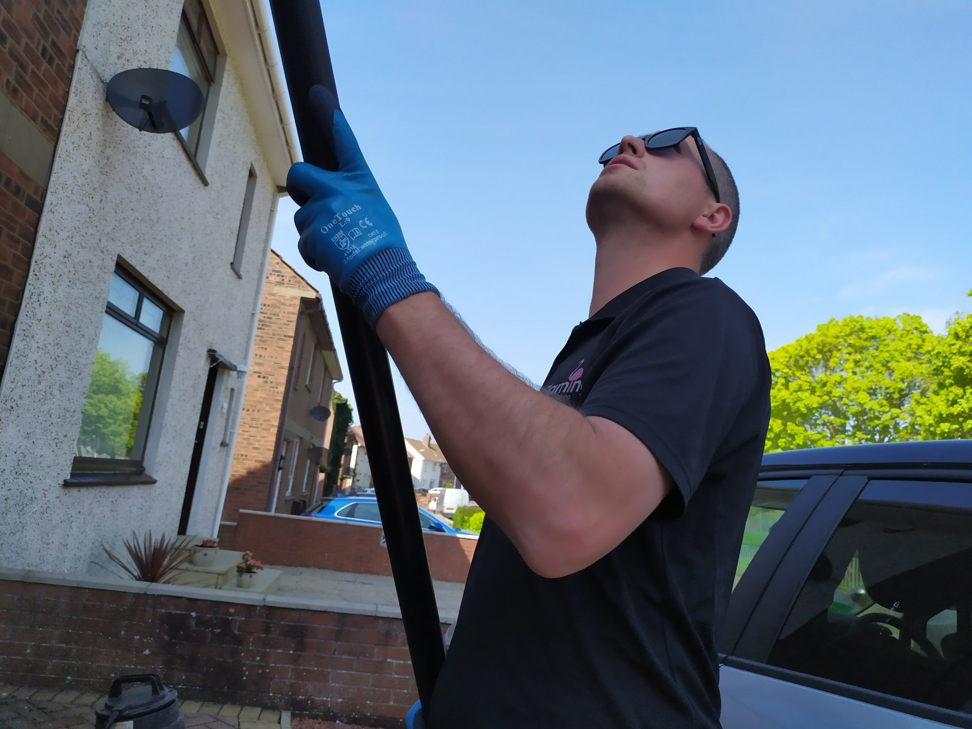 gutter cleaners in ayr
