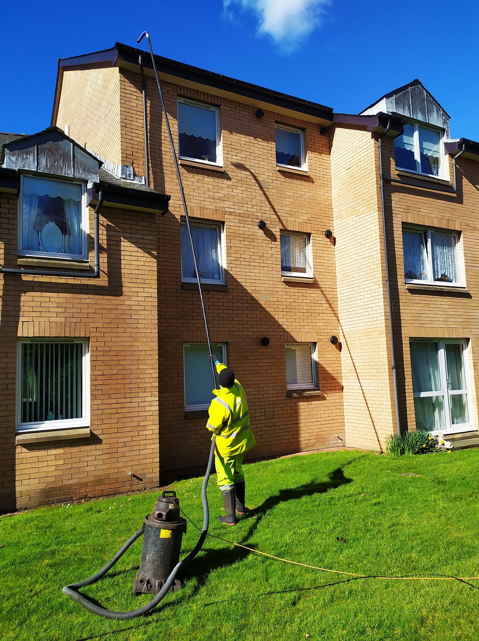 gutter cleaners in Glasgow